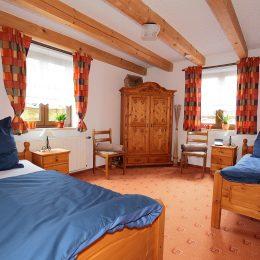 Schlafen-1-260x260 Herzlich willkommen in unserer Ferienwohnung in Kulmbach